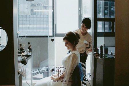 王依潔-優雅時尚新娘造型