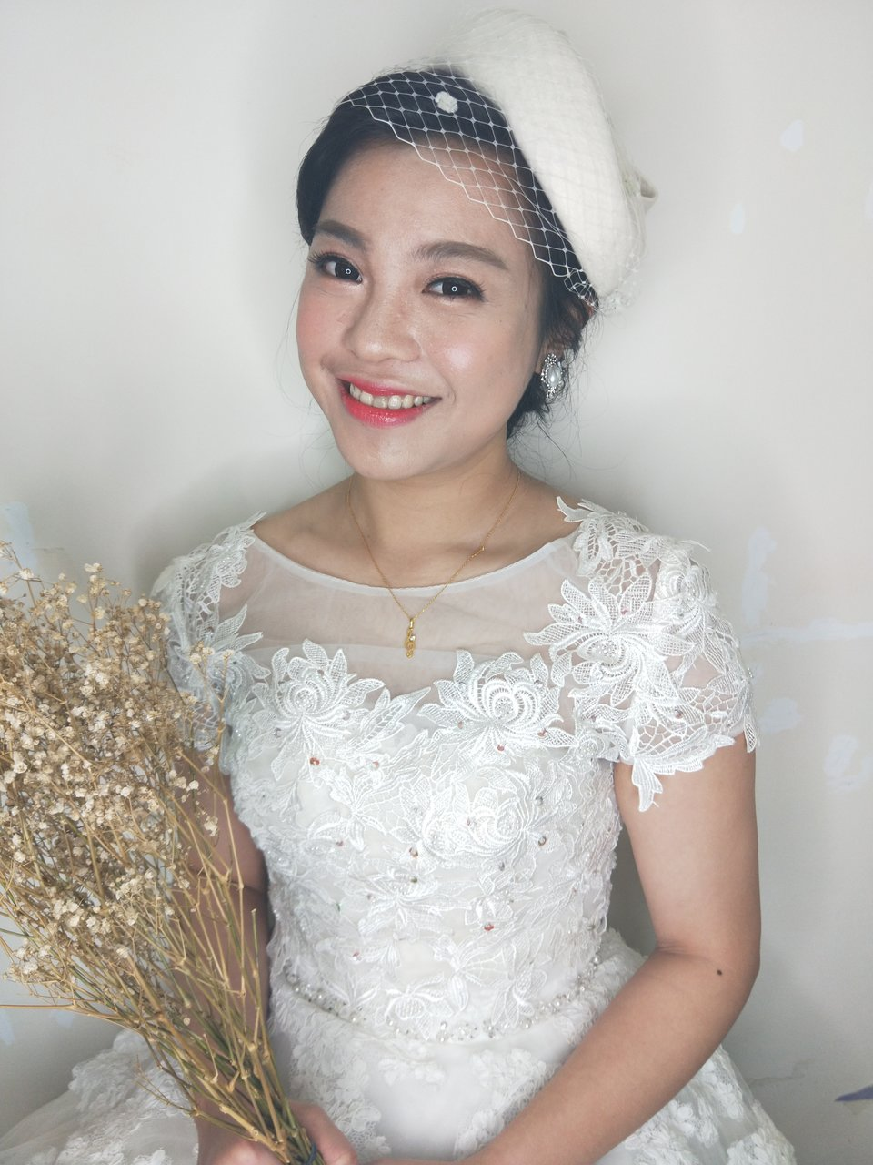 Winnie LIU白色時尚城堡新娘秘書,甘拜下風 ??
