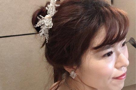 新娘鄧小姐二進造型