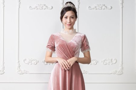 薄紗V領粉色短袖禮服