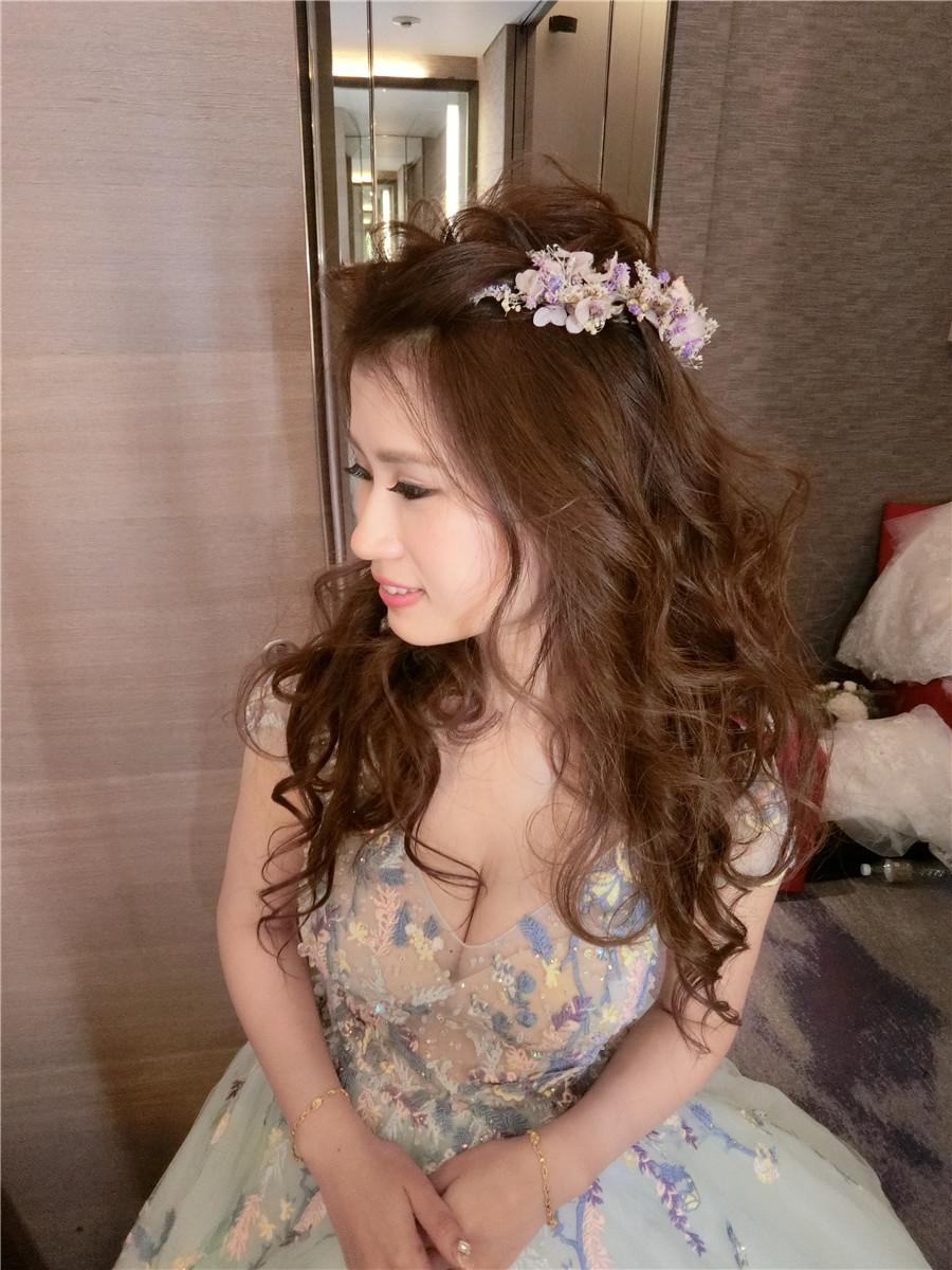 新秘RITA|新娘秘書|bride-janice|公主造型|浪漫|仙仙感|側邊大捲髮 - Rita makeup artist《結婚吧》