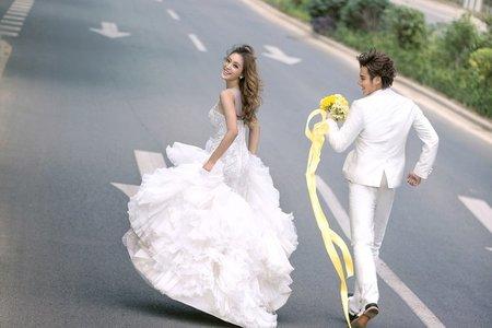 奔跑吧。新娘
