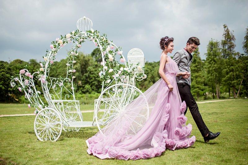 柔柔淡淡的紫色感覺帶有浪漫的氛圍