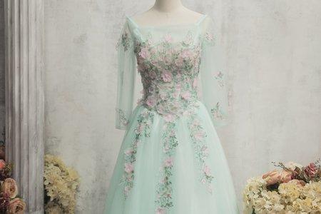 立體鑲花長袖禮服