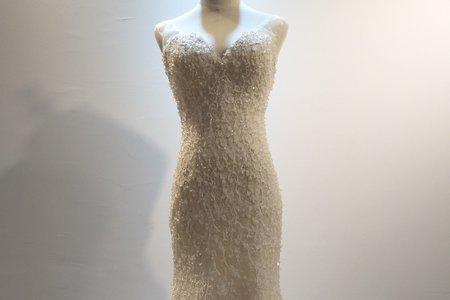 長拖尾立體珠鑽婚紗