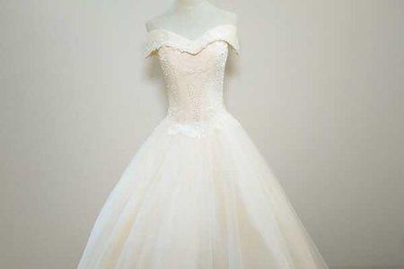 顯瘦大氣款婚紗