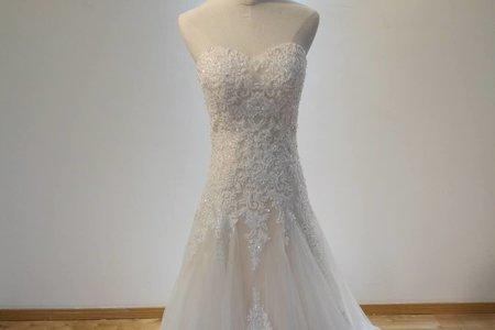 典雅赫本指定婚紗
