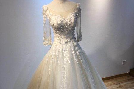 新款森系長拖尾婚紗