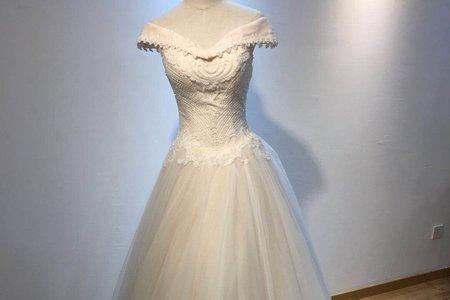 立體珠鑽女王系婚紗