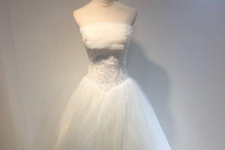 簡約素雅多層婚紗