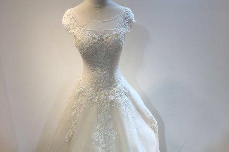 低調奢華鑲鑽婚紗
