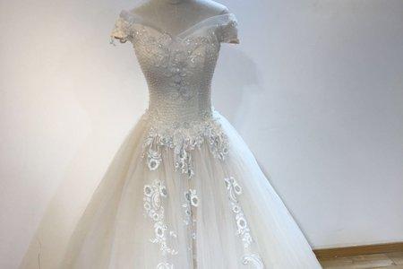 新款古典宮廷式婚紗