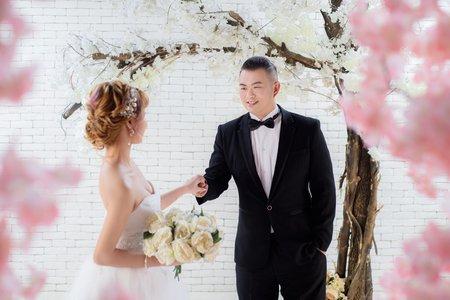 台北小資婚紗禮服包套推薦-EZ婚紗工作室