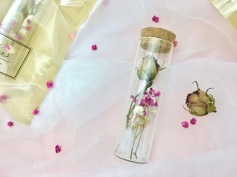 乾燥玫瑰試管花