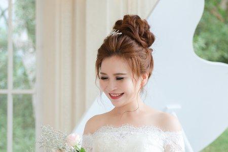 婚紗造型 │ 宇媖