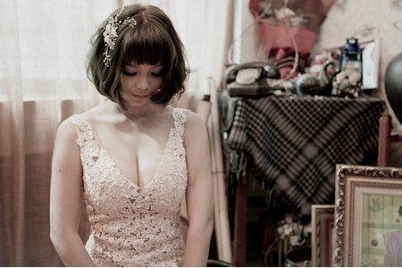 玩美嫁衣-裸紗 寫真-我的感性和性感