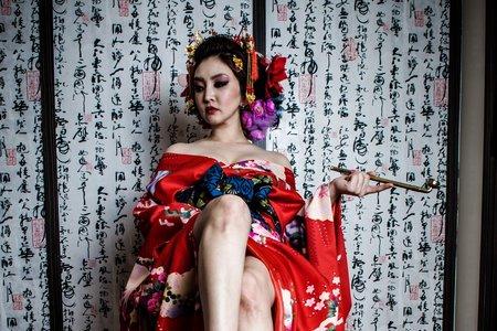 玩美嫁衣新娘秘書:susan的花魁舞臺
