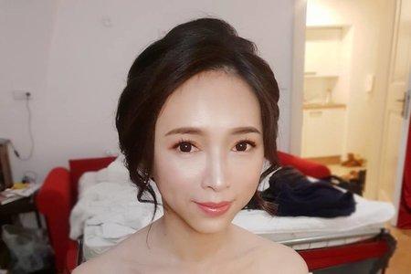 台北新秘/海外婚紗/造型妝感/韓系妝髮