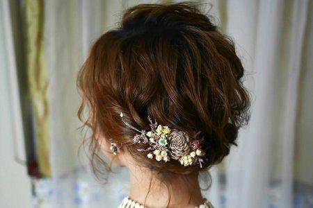 短髮空氣感盤髮造型