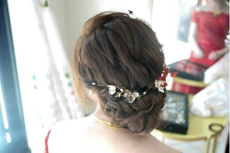典雅側盤髮