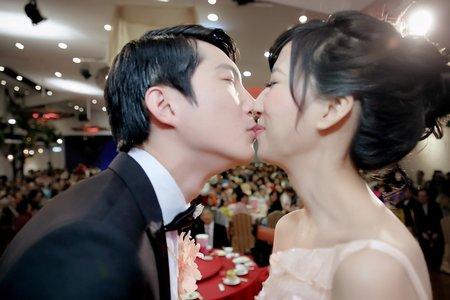 [婚禮紀錄] 峻宇若儀晚宴 | 台北花卉村