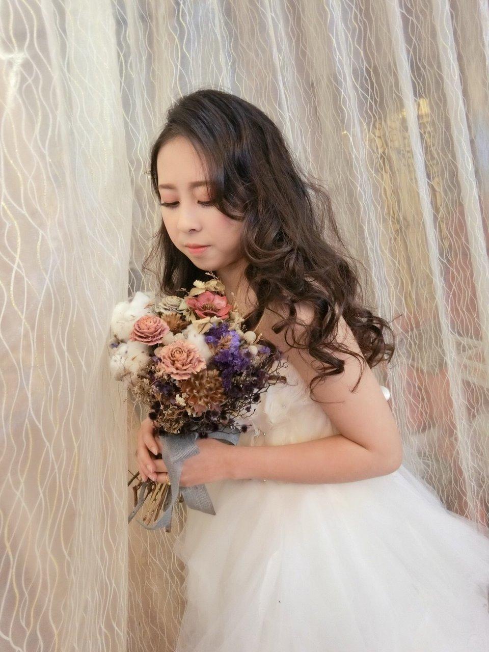 CY Style彩妝造型 新娘秘書,把你人生當中最重要的一次教給桌子❤️