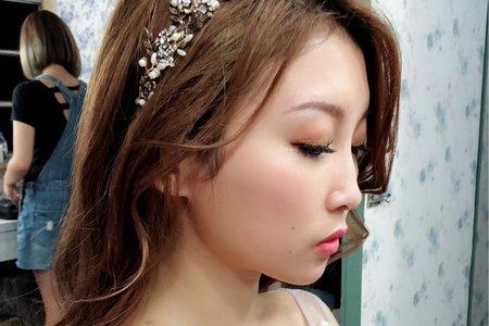 黎兒新娘秘書 噴槍彩妝-長髮自然捲度造型