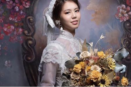 黎兒新娘秘書 噴槍底妝 - 訂製捧花 手腕花 胸花