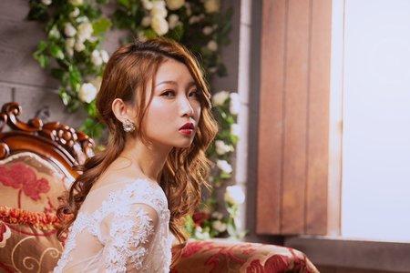 黎兒新娘秘書 噴槍彩妝 - 側放浪漫捲髮