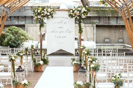 戶外婚禮 ─ 戶外證婚拱門專人佈置服務