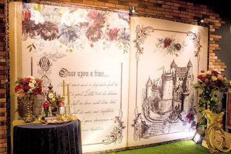 村花弄囍婚禮佈置 聽我的故事背板套餐