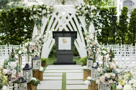 村花弄囍婚禮佈置【專人會場佈置方案】白綠色系尤加利木拱門