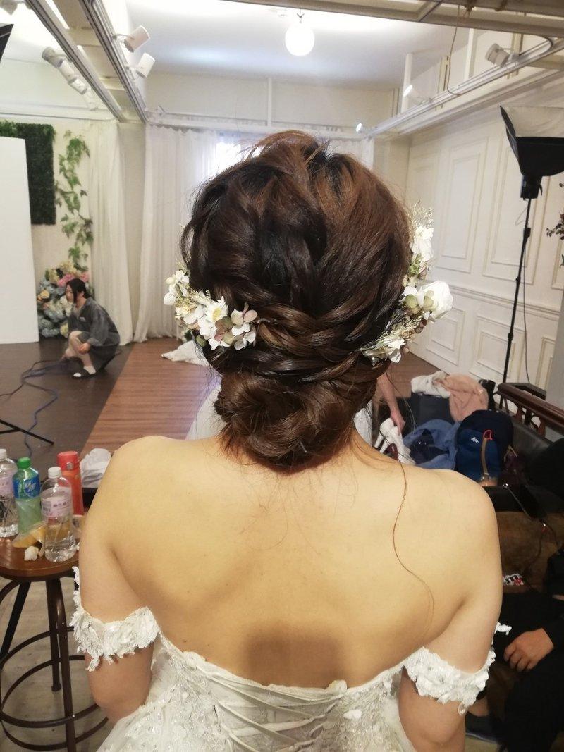 婚紗包套(禮服+攝影+婚攝+新秘+禮車)作品