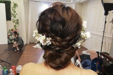 婚紗包套(禮服+攝影+婚攝+新秘+禮車)