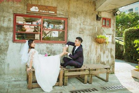 【台北旅行婚紗】濃濃的台灣味~創意夜市婚紗!!!