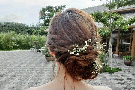 台南新娘秘書/空氣感側盤髮