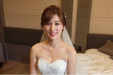 台南新娘秘書/宜君新娘/白紗造型
