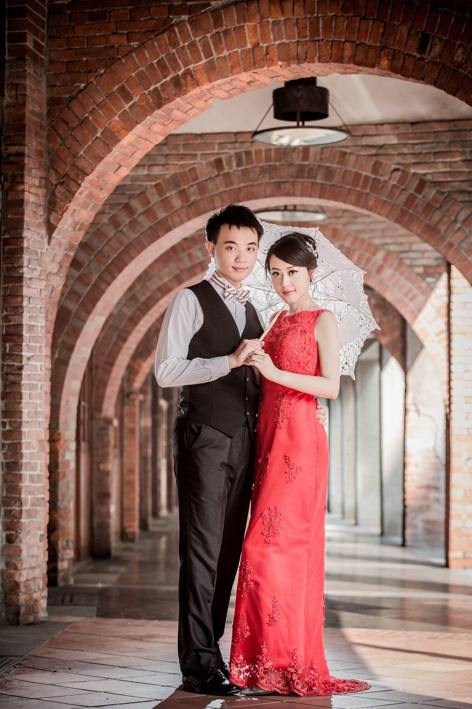 w1 - 台北新秘燕子Swallow《結婚吧》