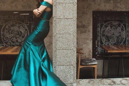 [禮服精選] 時尚簡約-展露身材