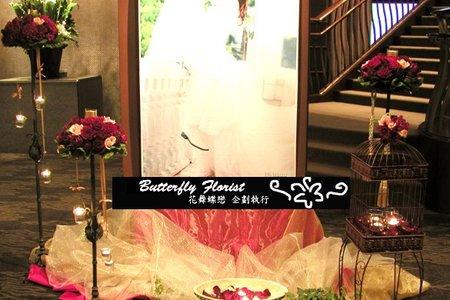 婚禮佈置道具出租-高腳花架