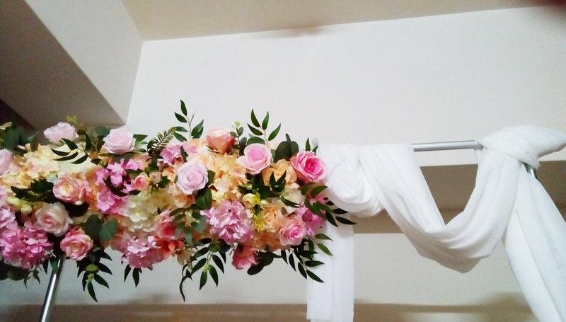 美式人造花幔紗拱門