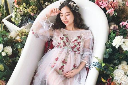 / 孕寫真 / Emily Tsai 美妝造型團隊 - 曉璇