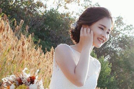 自助婚紗白紗造型 / EmilyTsai美妝造型團隊-曉璇