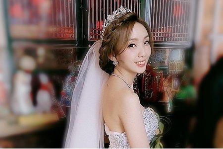 Bride佳諭~Sunny婚禮美妝質感造型設計