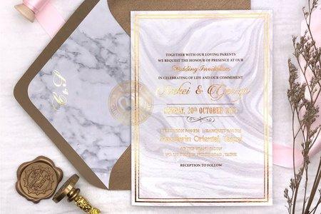 E9505《燙金對折式婚卡(含專屬信封內襯)》