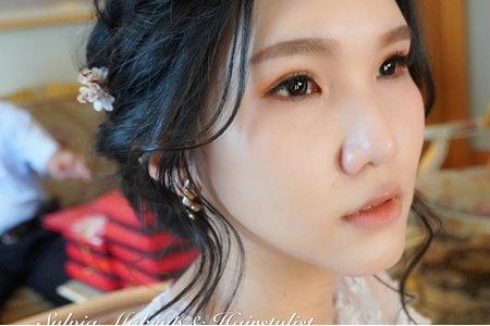 黑髮新娘造型