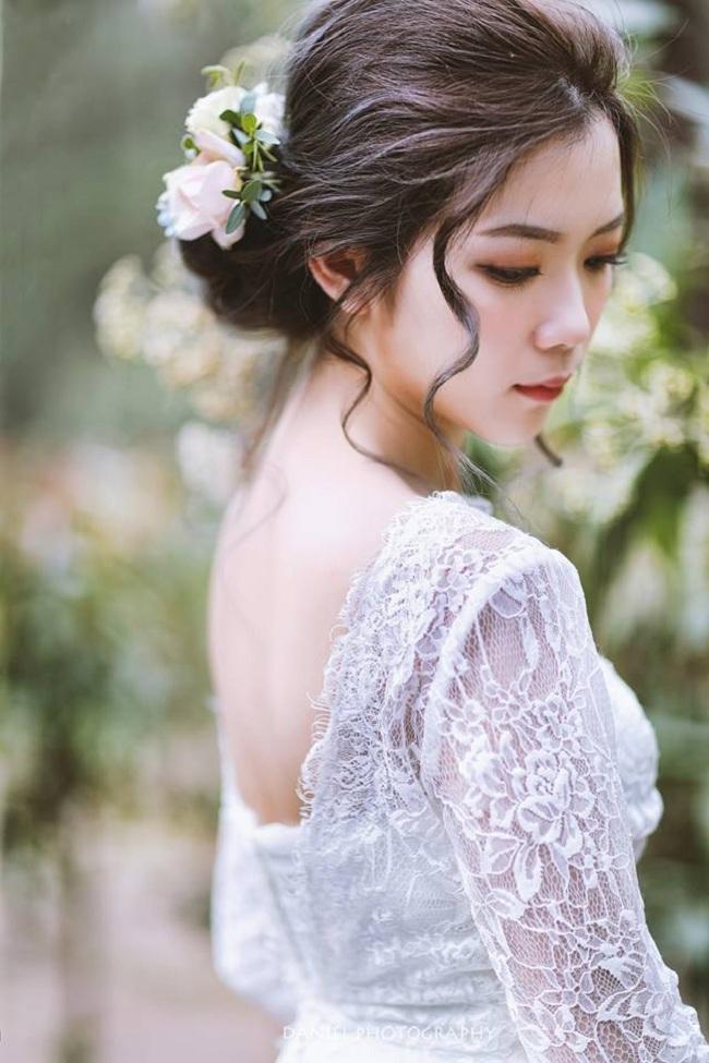 訂婚+結婚 同天 午宴&晚宴新祕造型服務作品
