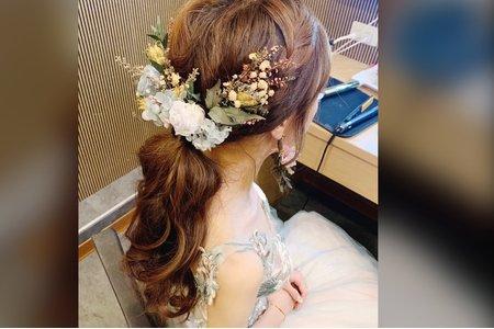 台中新秘白白/詩涵造型/結婚造型/新娘秘書/新秘推薦/戶外婚禮/婚紗造型