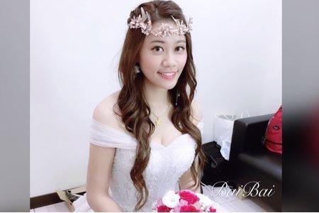 台中新秘白白/結婚造型/新娘秘書/新秘推薦/戶外婚禮/婚紗造型