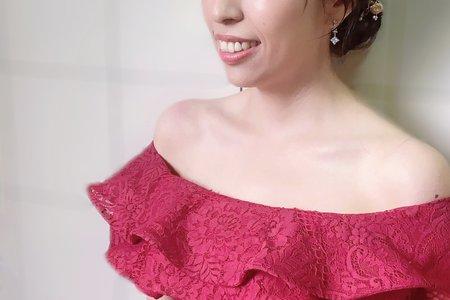 新娘秘書:低盤編髮